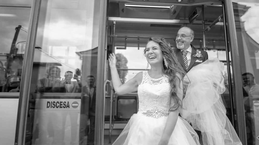 Sposa in bus - Laura Gatta 1-3