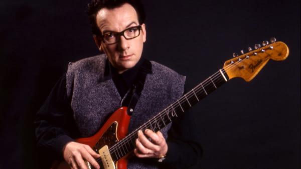 Elvis Costello Solo al Pala Banco di Brescia