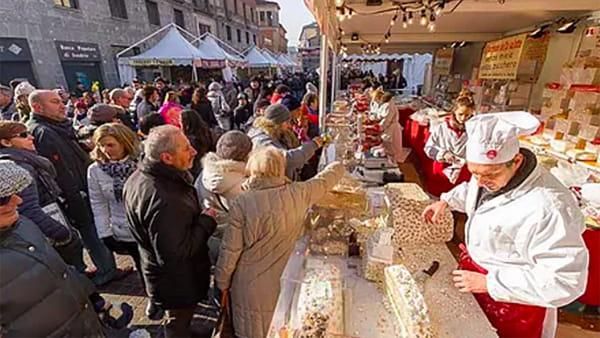 Cremona: Festa del Torrone