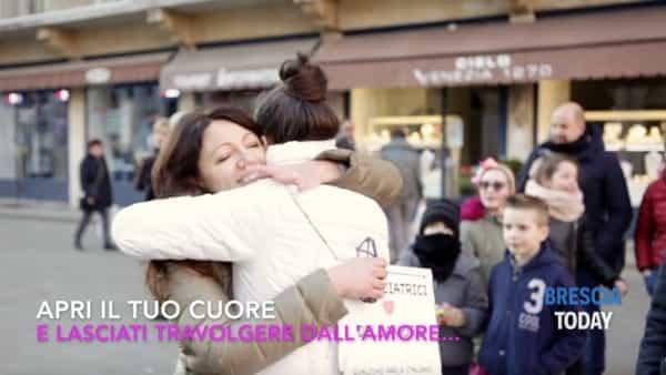 Brescia: flashmob connettiti con il cuore