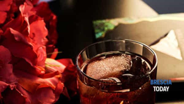 """arriva da brescia il cocktail """"ready to drink"""" in busta: il servizio premium di spirito che sta riscuotendo successo in tutta italia.-2"""