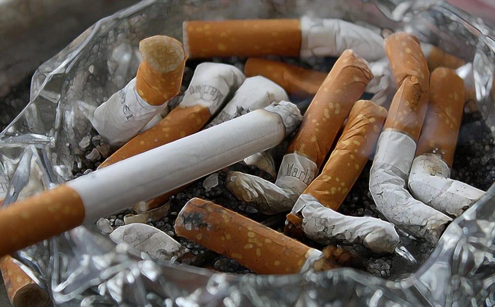 cigarettes 83571 960 720 2